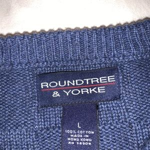 Roundtree & Yorke Sweaters - Roundtree&Yorke -vintage crewneck sweater -L
